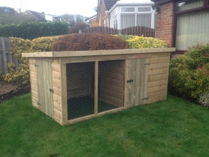 Compact Deluxe Pent Kennel With Run